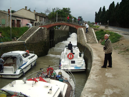 Hire boats on the Canal du Midi at Beziers